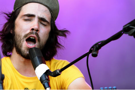 http://acquiescetomusic.files.wordpress.com/2009/07/atm-patrick-watson.jpg